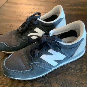 New Balance tennis shoes!!